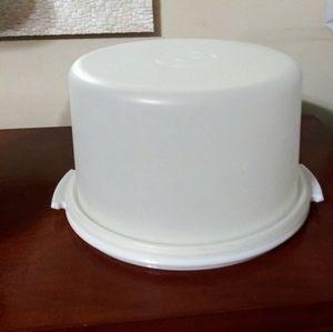 Vtg. Tupperware Cake Taker
